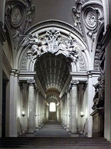Лестница в Ватиканском Дворце
