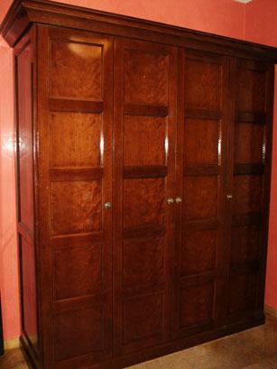 Шкаф для одежды и обуви массив дуба